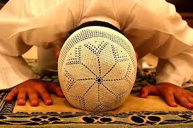 இஸ்லாத்தில் தொழுகை என்பது இறைவனுடன் ஒரு அடியான் நேரடியாக உரையாடும் ஒரு வழிபாட்டு அம்சமாக இருக்கின்றது.