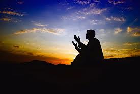 அல்லாஹ் தன்னைப் பற்றி கூறியிருக்கும் எந்த தன்மைகளையும் அவை அவனுக்கு இல்லை என்று மறுக்கக் கூடாது.