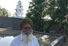 Hindus and Sikhs Help Build a Mosque in India
